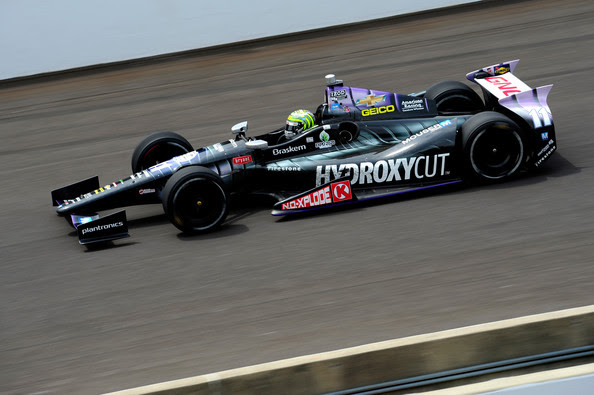 Tony Kanaan of Brazil, driver of the Hydroxycut KV Racing Technology-SH Racing Chevrolet, races during the IZOD IndyCar Series 97th running of the Indianpolis 500 mile race at the Indianapolis Motor Speedway on May 26, 2013 in Indianapolis, Indiana.