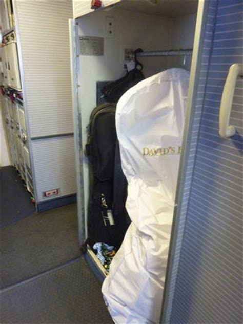 5 tips for traveling with a wedding dress ? Heather Poole
