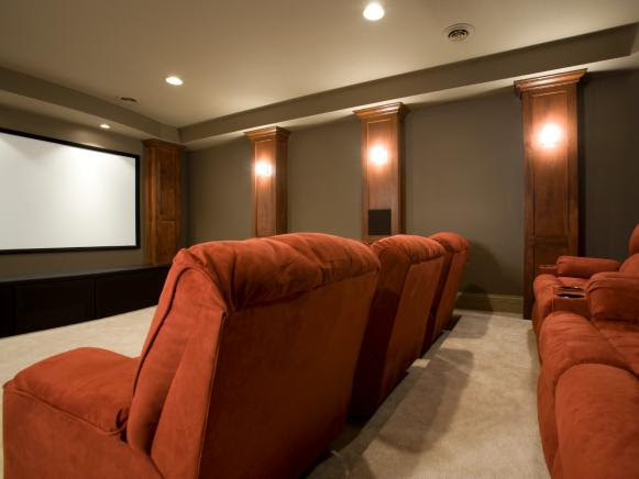 Plush Stadium Seating In Contemporary Home Theater