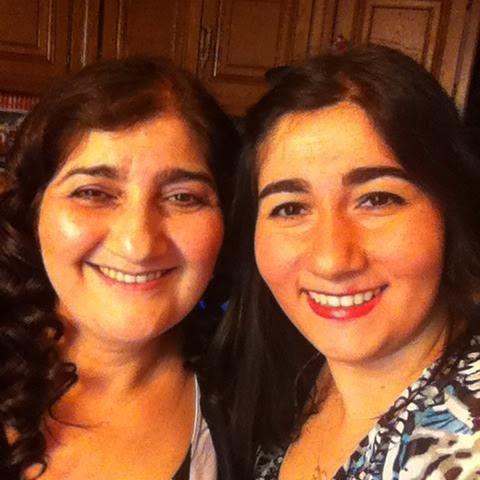 Annem ve ben. Yirmi yıl sonra ki halim. Yine güzelim. Yine sevecen.