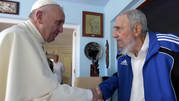 Fidel Castro y el Papa Francisco sostuvieron un cordial encuentro. Foto: Alex Castro.