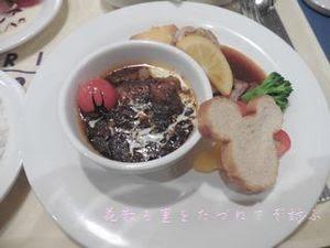 ビーフシチューとチキンのオーブン焼き.JPG