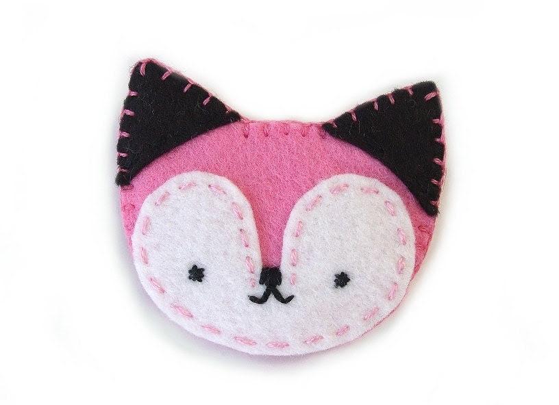 Pink fox brooch, pinback button, cute felt fox, fabric fox jewelry - PeachPod