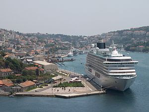 View on Dubrovnik (Croatia), with the Crystal ...