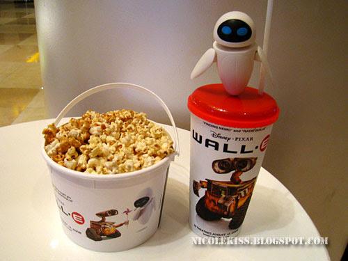 wall e and eve popcorn