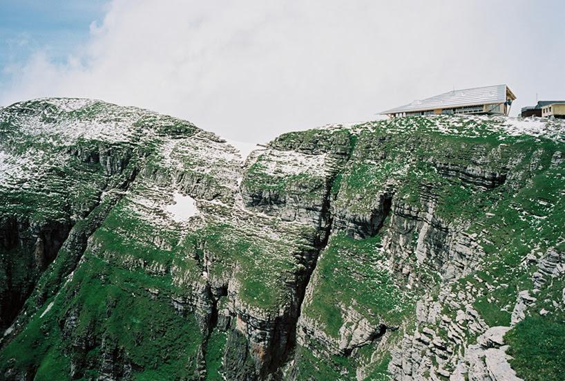 herzog de meuron mountaintop restaurant toggenburg bergbahnen chaserrugg switzerland designboom