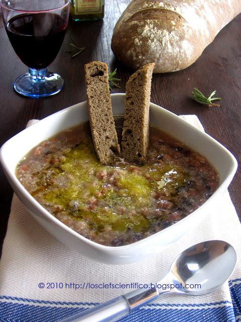Zuppa di Cereali & Legumi con Crostoni di Pane di Grano Arso