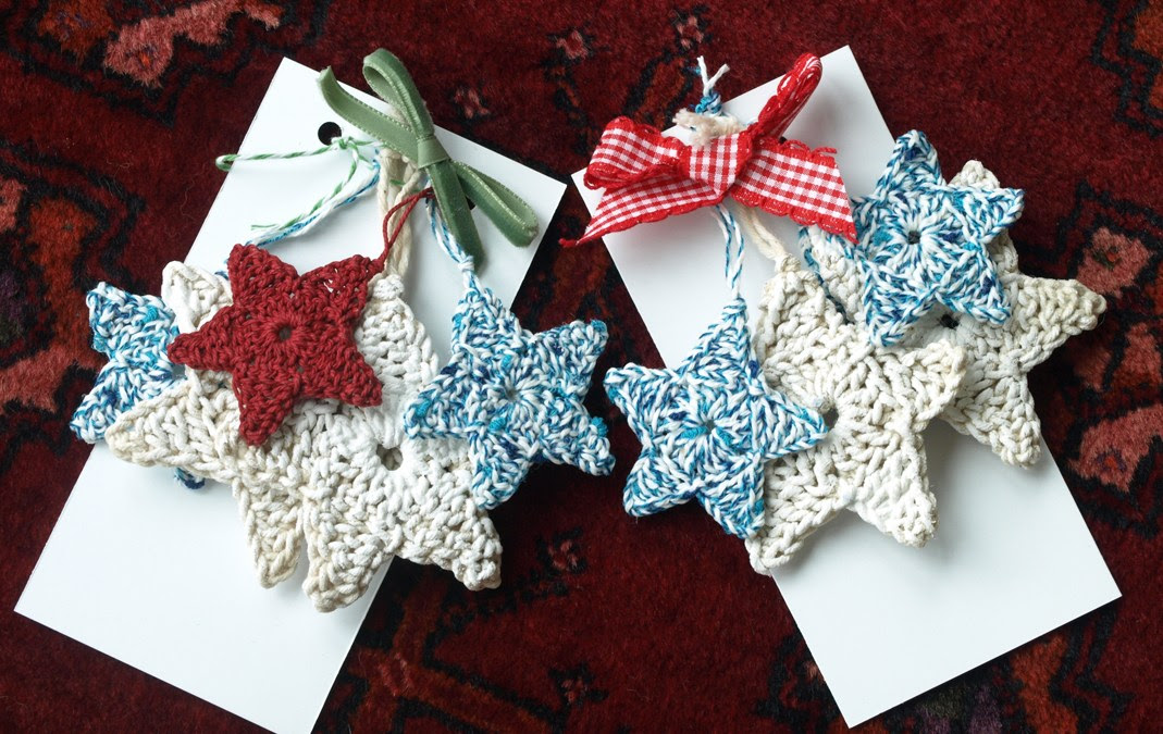 Crochet Stars  – A quick handcraft project for Christmas