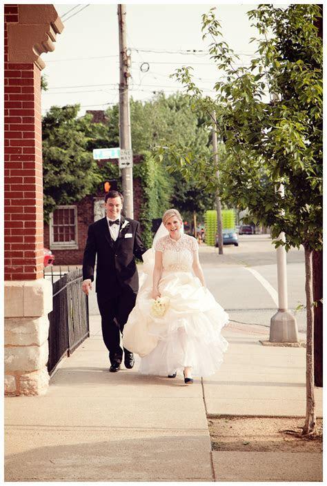 Marcus Lindsey Wedding Photos   Louisville Wedding