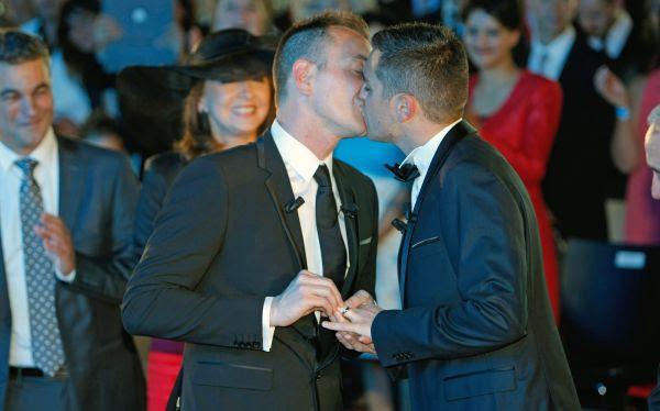 Se casó la primera pareja gay en Francia