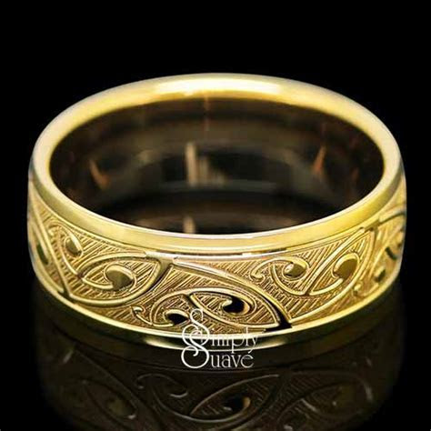 Koru Patterned Gold Band Twin Finished Ring