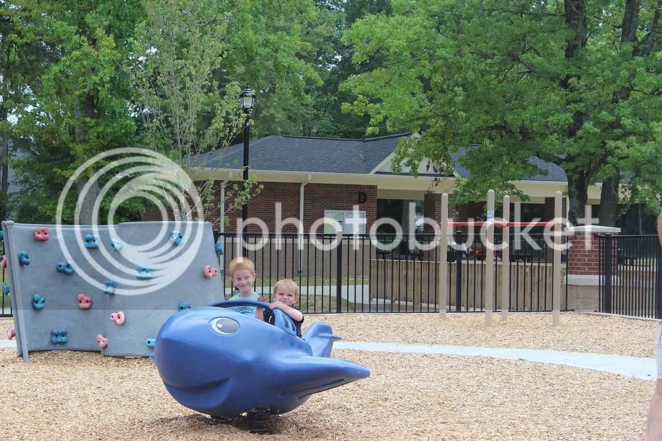 photo park12_zpsfd1d4059.jpg