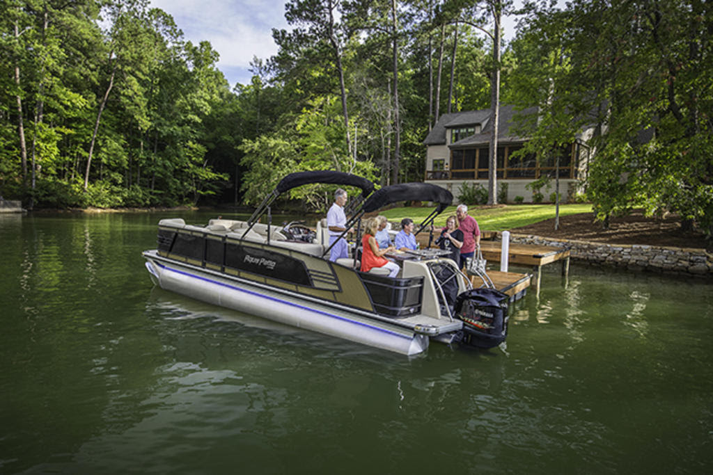 2018 Aqua Patio AP 259 CBD Buyers Guide US Boat Test.com