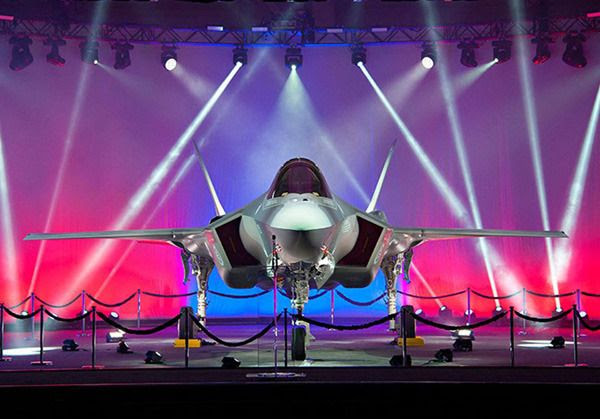 An F-35A Lightning II jet fighter that will be used by Norway is unveiled at the Lockheed Martin facility in Fort Worth, Texas...on September 22, 2015.