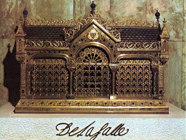 File:John baptist de la salle-relics.jpg