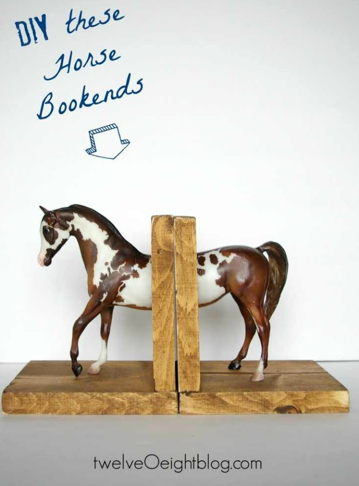 toy horse bookends