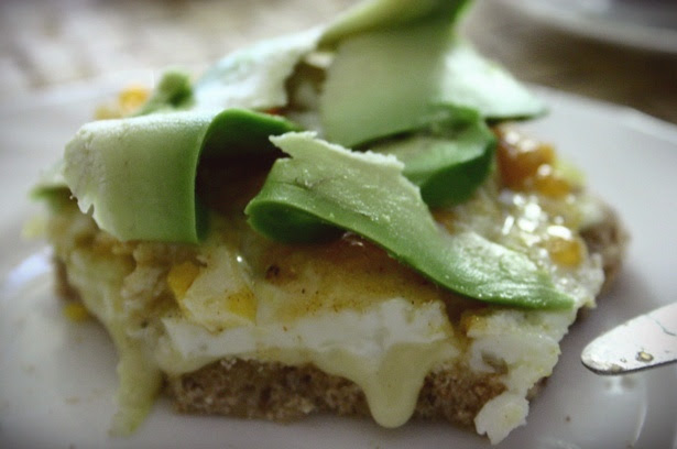 breakfast: bread with cammembert, egg, chutney and avocado