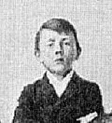 Le jeune Adolf écolier à Lambach : des relations pour le moins tourmentées avec son douanier de pèr