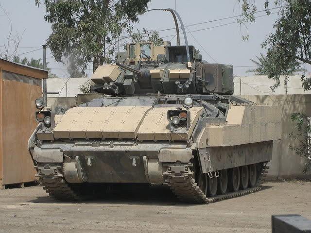 El gobierno iraquí está negociando con el gobierno de EE.UU. y BAE Systems para la compra de 200 Bradley M2A2 ODS vehículos de combate en algún momento durante los próximos 15 meses, de acuerdo con BAE funcionarios. (DefenseNews Fuente)