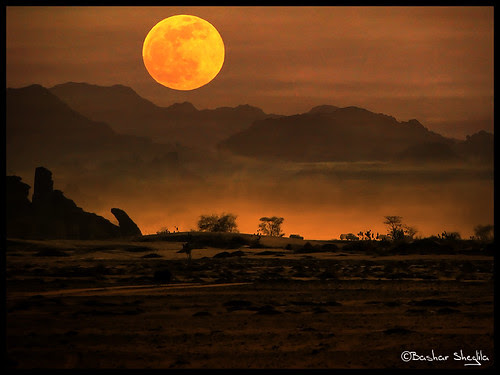 The Red Moon ! por BenTaher