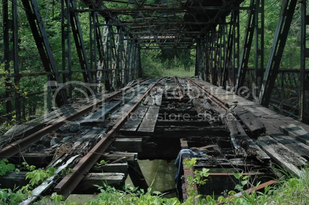 photo Abandoned_zpsf587308f.jpg