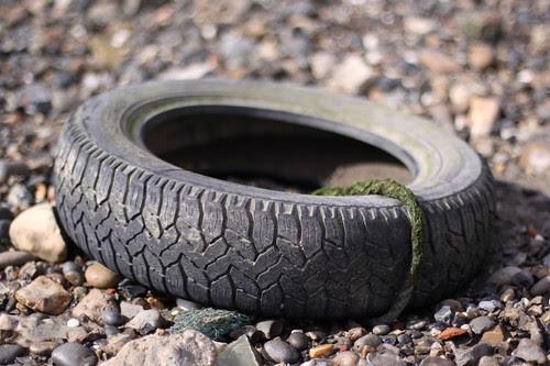 the retired tyre swing by ultraBobban