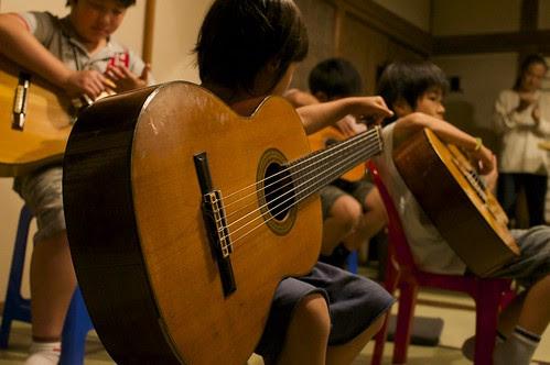 小さなギタリスト by Rin5900