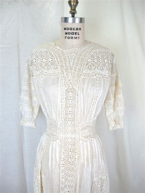 17 Best ideas about Lace Embroidery on Pinterest   Lace