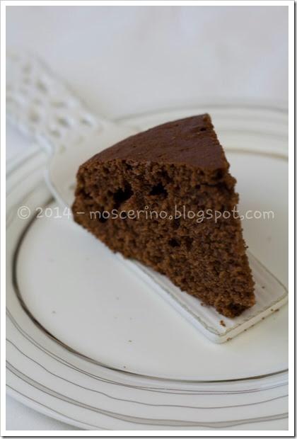torta yogurt e cioccolato scritta