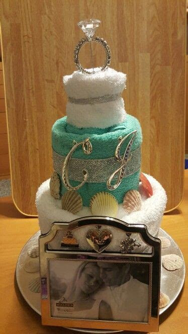 1000  ideas about Wedding Towel Cakes on Pinterest   Towel