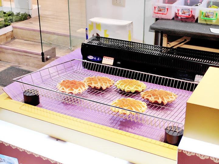 waffles  Shida Night Market