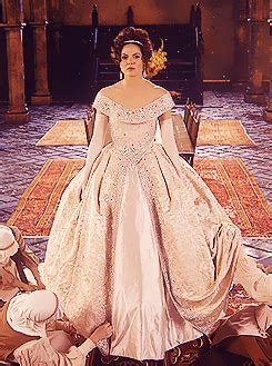 Prettier wedding dress:   Once Upon A Time   Fanpop