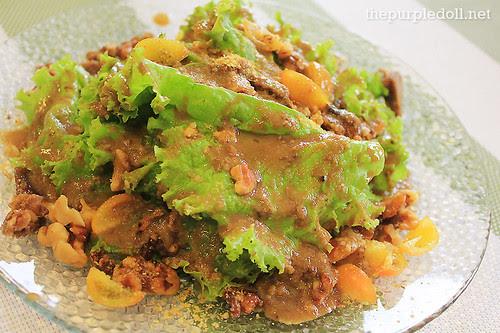 Wicked Walnut Salad P165