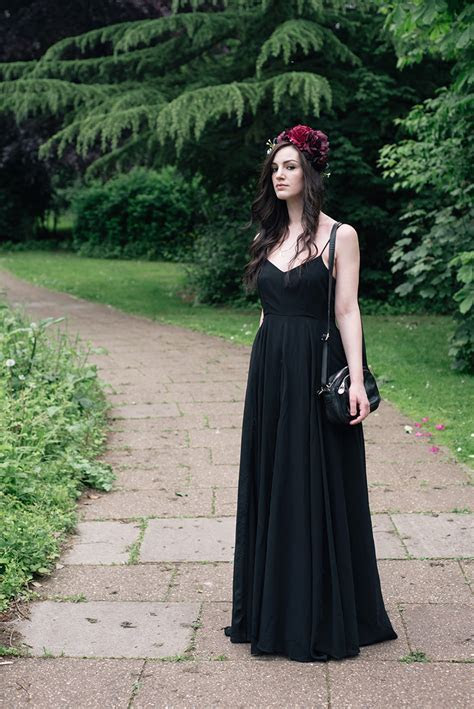FAIIINT / Style : Black Wedding