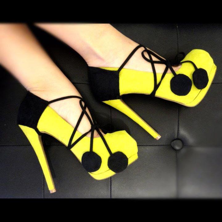 Sarı Renk Ponponlu Platform Topuklu Ayakkabı Modelleri