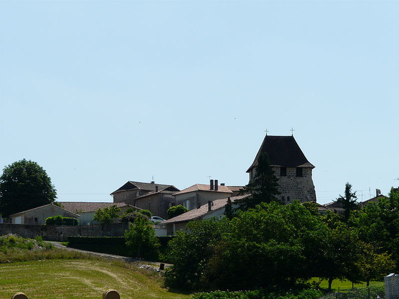File:Saint-Sulpice-de-Roumagnac village.JPG