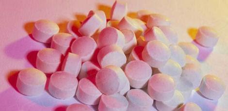 Os lotes do diclofenaco sódico 50 mg suspensos são todos produzidos até dia 19 de outubro de 2015 / Reprodução: Internet
