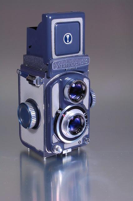 Yashica 44A (4)