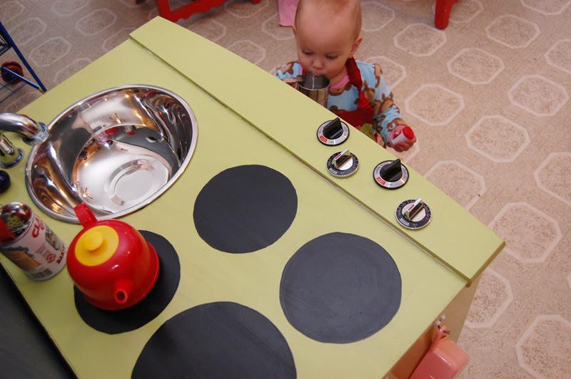 Play Kitchen_8