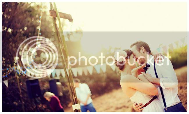 http://i892.photobucket.com/albums/ac125/lovemademedoit/bbb1.jpg?t=1285659394
