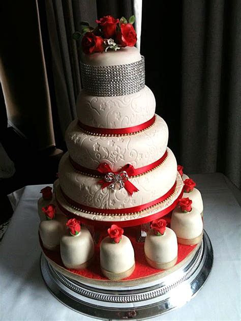 wedding   Tiers Cakes Glasgow, Professional cake makers
