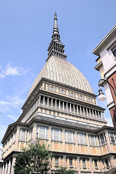 File:Mole Antonelliana Torino 2010 RD.jpg
