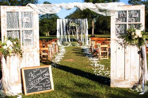 Bee's Wedding & Event Floral Designs