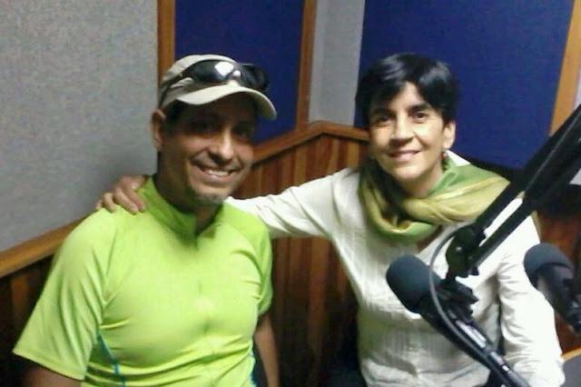 Daniel Delgado con Marisela Valero en el estudio. Foto Héctor Luna