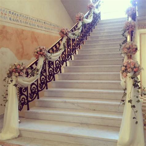 Elegant Staircase decoration   memorable weddings