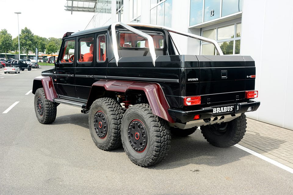 Brabus Mercedes G63 6x6 with Red Carbon Parts