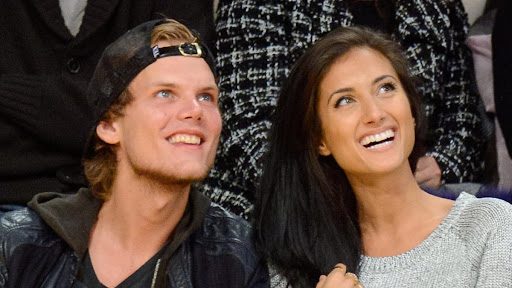 Aviciis Ex-Girlfriend Shares Private Texts In Emotional