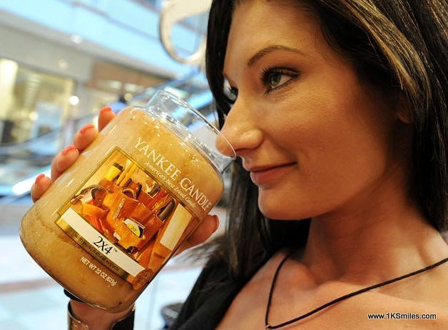 #868 Scented candles help keep that holiday spirit year ...