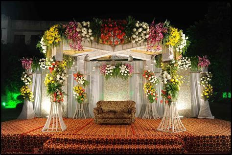 Best Wedding Stage Decoration Idea For Indian Weddings