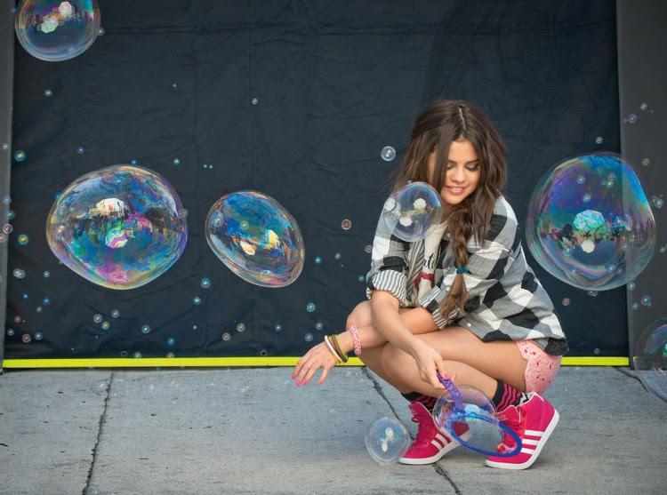 Selena-Gomez-Adidas-Neo-Photoshoot-Pictures-4